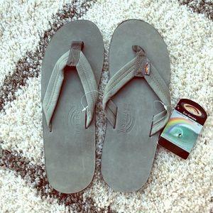 NWT grey rainbow sandals